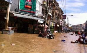 รัฐบาลจ่ายเงินเยียวยาน้ำท่วม