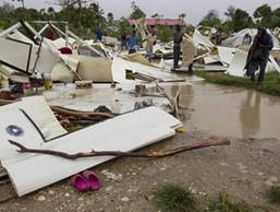 """""""ไอแซค""""ถล่มเฮติ"""